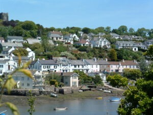 Noss Mayo south West Coast Path with Letsgowalking.com