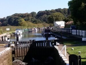 Leeds and Liverpool canal lock letsgowalking walking holidays