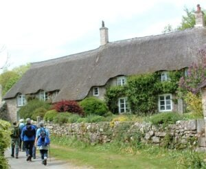 DEVON THATCHED COTTAGE devon walking holidays letsgowalking.co.uk
