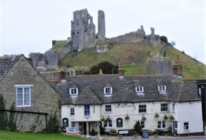 corfe castle dorset walking holidays with letsgowalking