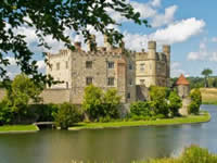 leeds_castle WALKING HOLIDAYS LETSGOWALKING